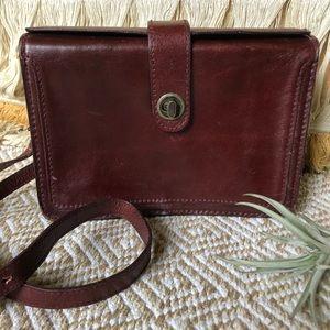Georgetown Leather • Vintage Portfolio Crossbody